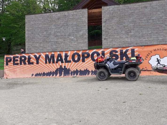 Pierwszy dzień biegu Perły Małopolski – zabezpieczenie medyczne